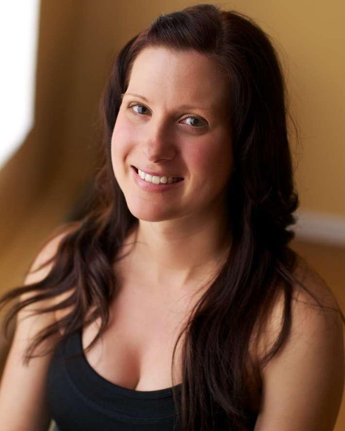 Yoga Teacher Ashlee Mischler
